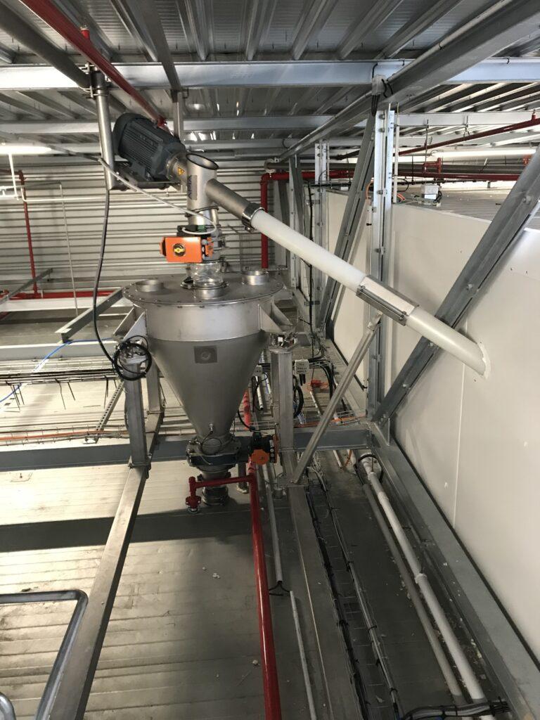 Installation de trémie de pesage pour farine